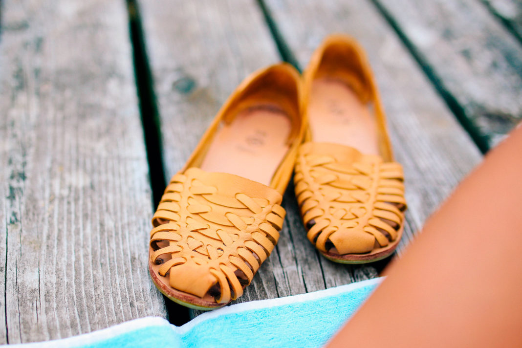 relaxing-deck-shoes-organicnewsroom
