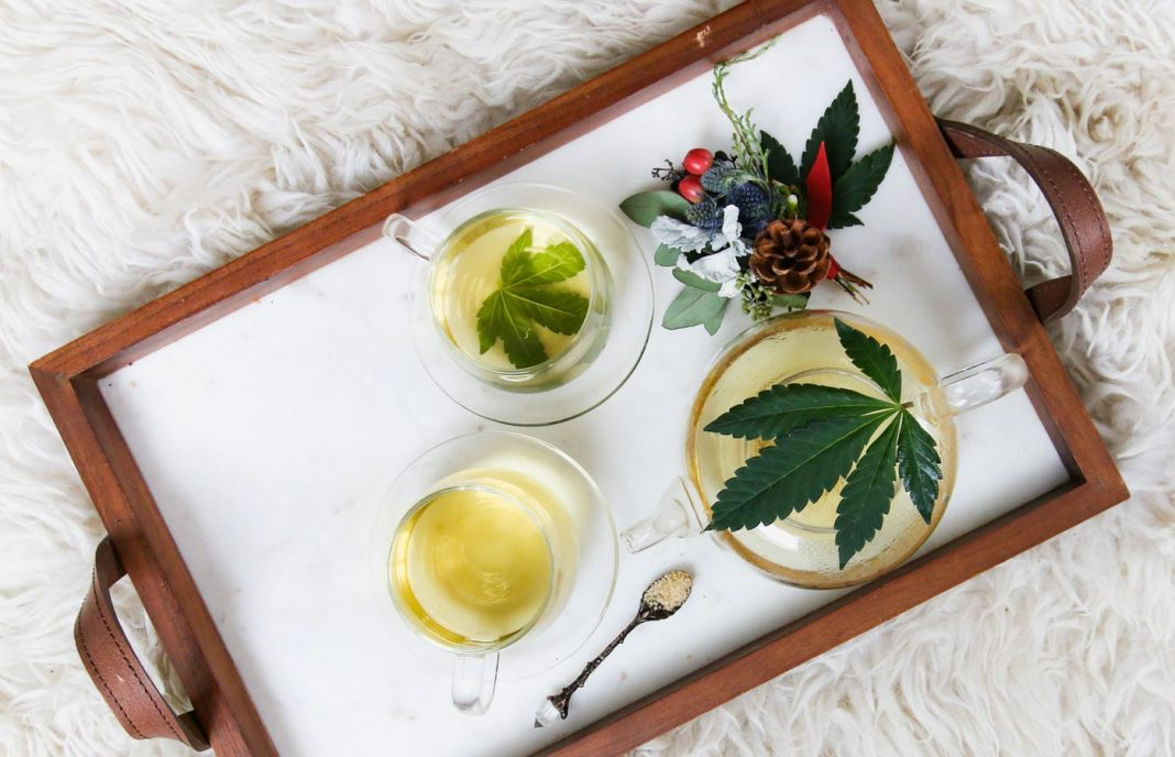 cannabis-skincare-options-tray